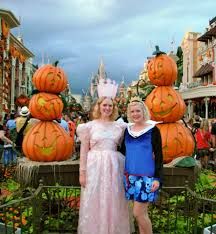 mickey s halloween party 2017 disneyland mickeys not so scary halloween party elly and caroline u0027s magical