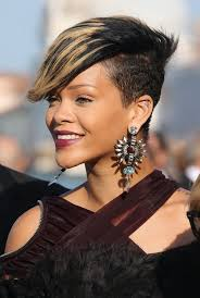 rihanna earrings rihanna dangle earrings rihanna fashion stylebistro