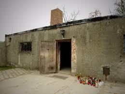les chambres à gaz chambre à gaz et crématorium auschwitz birkenau pologne
