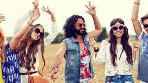 foto hippie figli dei fiori festa a tema come vestirsi da figli dei fiori deabyday tv