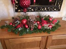 christmas decor for center table 303 best center pieces images on pinterest christmas crafts