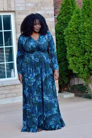 the perfect fall plus size maxi dress my curves and curls