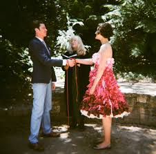 golden gate park picnic wedding with a homemade pink ombre wedding