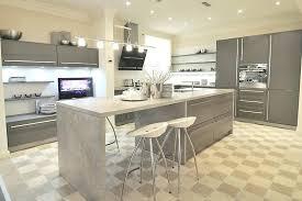 table de cuisine contemporaine cuisine contemporaine avec ilot central classique grise aubagne