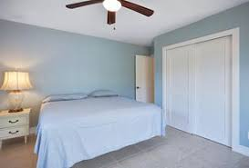 Sherwin Williams Light Blue Budget Sherwin Williams Wondrous Blue Bedroom Zillow Digs Zillow