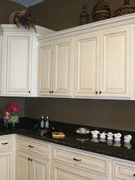 How To Distress Kitchen Cabinets by 27 Antique White Kitchen Cabinets Amazing Photos Gallery Metal