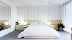 chambre en bois blanc tete de lit bois gris chambre avec parement mural en bois