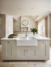 Small Kitchen Island With Sink by Best 25 Sink In Island Ideas On Pinterest Kitchen Island Sink
