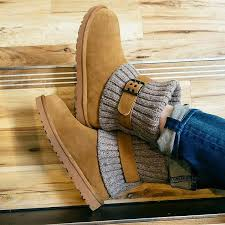 womens ugg boots cambridge 122 best boots shoes and sandals images on shoes