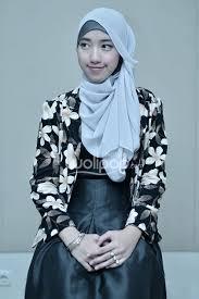 tutorial hijab noura flower blazer hijab pinterest blazers and dan