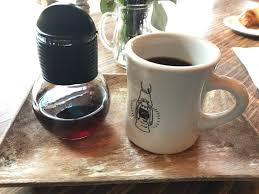 caffe streets review hip coffee shop in wicker park go visit