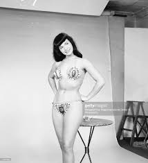 bettie weegee photos images getty images