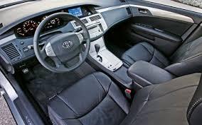 2001 Toyota Avalon Interior 2006 Hyundai Azera Vs Toyota Avalon Vs Volkswagen Passat Motor Trend