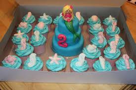 mermaid cupcakes mermaid mini fondant cake and cupcakes s food
