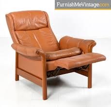 teak and leather recliner