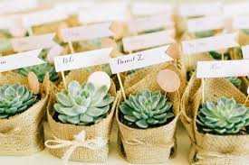 wedding favours top tips to help you organise your wedding favours