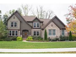 14651 whispering breeze drive fishers in the gilbert group re