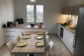 cuisiniste pontivy cuisine client grande cuisine avec grand coin repas intégré pour un