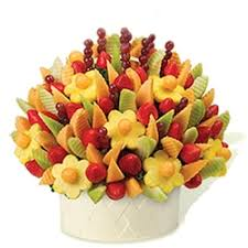 Fruit Baskets For Delivery Fruit Bouquets For Delivery In Ukraine Gifts To Ukraine I Fruit