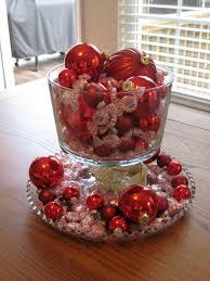 cheap bowl centerpiece ideas using christmas decorations dessert