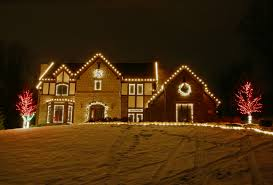 decorate my home for christmas how do i decorate my home with christmas lights 1000bulbs com blog
