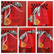 Ideas For Decorating Lockers Basketball Locker Decorations Spirit Pinterest