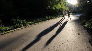 love couple walking on road wallpaper 00288 baltana