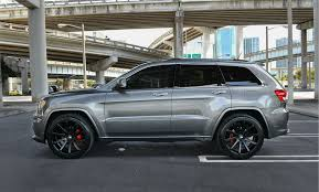 jeep grand cherokee wheels 2005 jeep grand cherokee with black rims matte black staggered