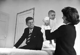 Caroline Kennedy S Children Caroline Kennedy Honors Mom Jackie O Ny Daily News