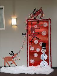 door decorations christmas door decorating ideas best 25 christmas door decorations