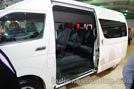 toyota hiace 2014 toyota hiace auto expo 2014 sliding door indian autos blog