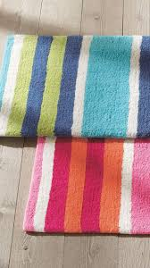 Striped Bathroom Rugs 15 Interesting Colorful Bath Rugs Design Ideas Direct Divide