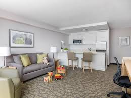 Two Bedroom Family Suite Chelsea Hotel Toronto - Fun family room