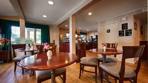 Roosevelt Lodge Dining Room by Best Western Woodbury Inn Woodbury New York