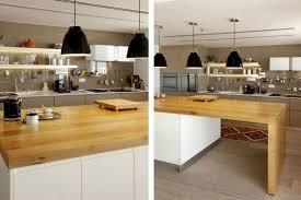 cuisine fonctionnelle plan plan de cuisine avec ilot central 8 design en blanc et bois la
