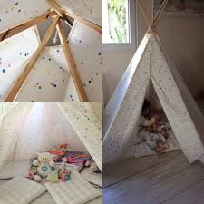 tipi pour chambre tipi pour une chambre d enfant inspiration déco clematc tipi