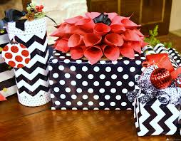 christmas gift wrapping ideas deck it out series liz bushong