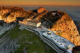 cremagliera pilatus hotel pilatus kulm lo storico hotel di montagna a 2132 m s l m