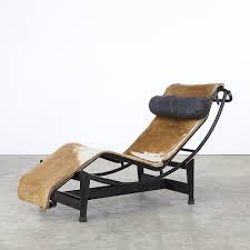 lc4 lounge chair by le corbusier u0026 charlotte perriand 1920s 59228