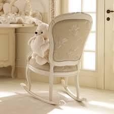 chaise chambre bébé fauteuil chambre bebe d coration de chambre pour b b fille dans ma