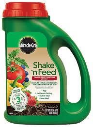 tomato fertilizer miracle gro shake u0027n feed tomato fruit