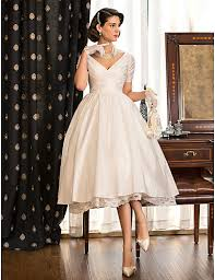 retro wedding dresses here are 22 affordable retro inspired wedding dresses that won t