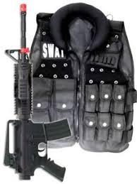 Mens Swat Halloween Costume Police Swat Vest Halloween Costume M4 Pistol Rifle Men