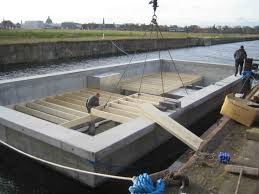 Houseboat Floor Plans by Small Houseboat Plans Kits With Wooden Floor It Also Has Awesome