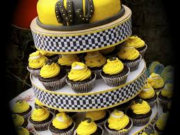 transformer cakes bumblebee transformer cake cakecentral