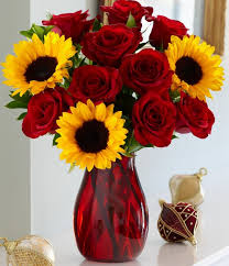 bouquet of sunflowers best 25 sunflowers and roses ideas on sunflower