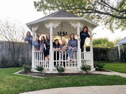 Magnolia Real Estate Waco Tx by Staying At The Magnolia House Waco Tx Trip Lolly Jane