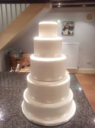 A Wedding Cake Where To Start When Icing A 5 Tier Wedding Cake Around The