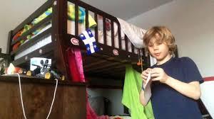 comment faire une cabane dans sa chambre comment s amuser dans sa chambre et faire des piège