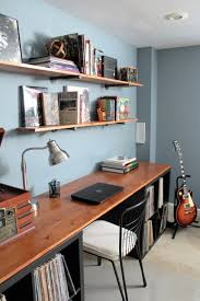 Diy Pipe Desk by Diy Desktop And Industrial Pipe Shelves